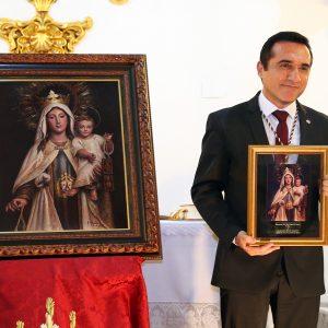 Triunfo de Antonio Montiel con la presentación del cartel de la Virgen del Carmen de la Hermandad de El Palo