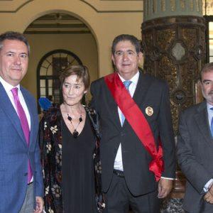 Más de 400 juristas homenajean a José Joaquín Gallardo por sus 24 años como decano del Colegio de Abogados de Sevilla