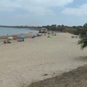 Unos talleres de concienciación medioambiental recorrerán las playas de Chipiona este verano