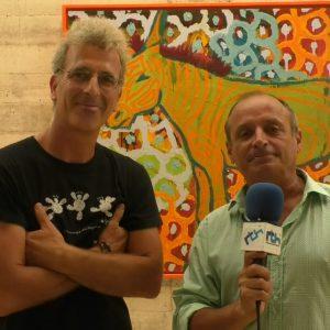 Alfredo Zarazaga revisa otras etapas creativas con una exposición en la sala del Centro Cultural de Costa Ballena