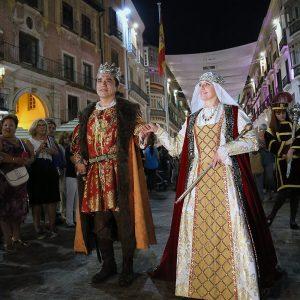 La cabalgata histórica de Málaga puso fin a la feria de este año