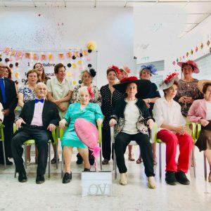 Fundación Vita conmemora el Día Internacional de las Personas de Edad con  un desfile de moda en el que los mayores han sido los protagonistas.