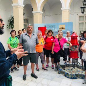 Los mayores visitan hoy el Faro y el Santuario dentro de las actividades conmemorativas de la I Semana de las Personas Mayores