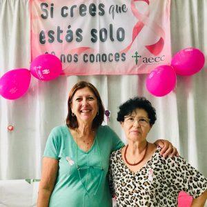 La Asociación Española Contra el Cáncer organiza actividades para conmemorar el día del Cáncer de Mama bajo el lema 'Dando la cara por ti'