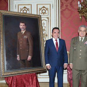 Presentación del retrato de Felipe VI por el pintor Antonio Montiel para el Ejército de Tierra