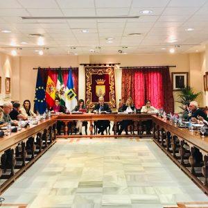 El Pleno chipionero aprueba la modificación provisional de cuatro ordenanzas municipales