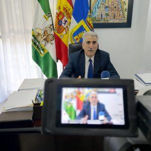 Luis Mario Aparcero da a conocer los premios 'Ciudad de Chipiona' creados por el ayuntamiento de la localidad