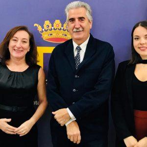 La diputada provincial Isabel Gallardo estudiará la financiación para la  actualización tecnológica del futuro museo de Rocío Jurado