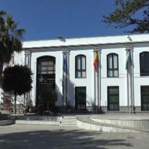 El Pleno del Ayuntamiento de Chipiona ha aprobado hoy la realización de un plan postcovid-19
