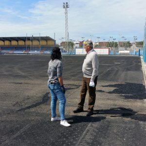 El Alcalde y la delegada de Deportes supervisan las actuaciones de mejora que se desarrollan en las instalaciones deportivas municipales