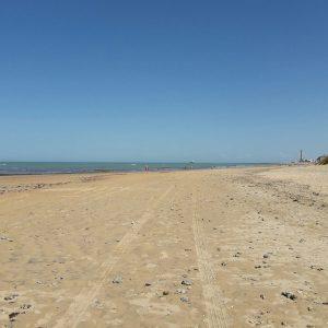 El alcalde de Chipiona anuncia que se permitirá el baño en las playas si la provincia pasa a la Fase 2