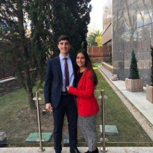 Juan Varela y Carmen Solís, la pareja más joven de notarios de España con 24 y 27 años