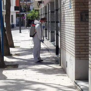 Comienza en Chipiona la nueva campaña de limpieza y desinfección contratada por Diputación