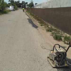 Comienzan los trabajos de mantenimiento en los caminos rurales asfaltados de Chipiona