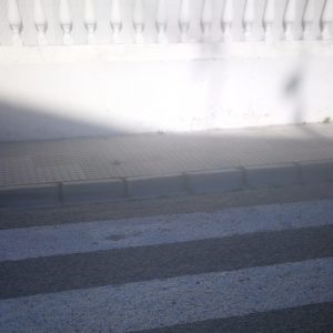 VOX Chipiona denuncia falta de accesibilidad existente en pasos de peatones