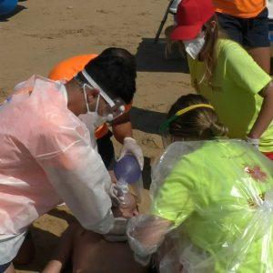 Las playas de Chipiona han sido escenario ayer y hoy de dos simulacros de emergencia para sus certificaciones de calidad
