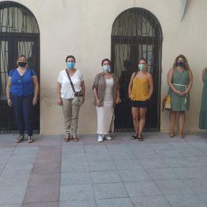 Isabel María Fernández se reúne con la Federación Local de padres y madres de alumnos para tratar el inicio del curso