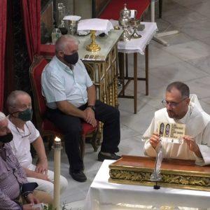 La revista 'Las Vidrieras del Santuario' fue presentada ayer  ante la Virgen de Regla