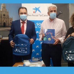 La Caixa y Diputación entregan al Ayuntamiento de Chipiona 190 lotes de material escolar para alumnos de familias desfavorecidas