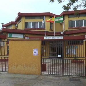 El AMPA del Colegio Lapachar lamenta la suspensión del servicio del comedor del centro por la falta de respuesta de la Junta de Andalucía