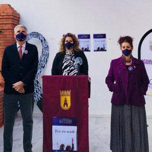 La conmemoración del Día Internacional para erradicar la violencia machista en Chipiona clama por la implicación de los varones
