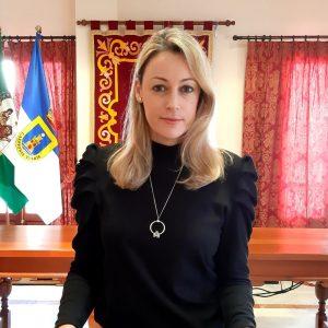 María Naval anuncia dos ofertas de empleo de técnico orientador profesional en el Ayuntamiento de Chipiona