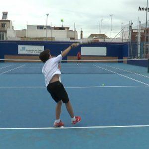 El Club de Tenis Chipiona celebra el torneo Junior 2021 cuya final se jugará este sábado