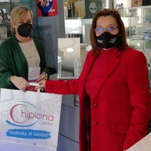 Los consumidores se familiarizan con la marca Centro Comercial Abierto de Chipiona a través de bolsas de papel