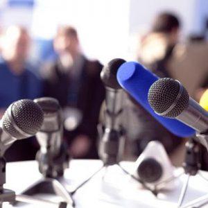 La APS reitera al Gobierno andaluz que las ruedas de prensa sean con preguntas y repreguntas en directo