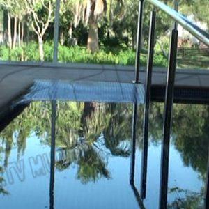 Chipiona subvenciona con 6.000 euros el mantenimiento de la caldera de biomasa de la piscina terapéutica de AFANAS