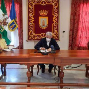 El Ayuntamiento de Chipiona subvenciona a AFA Alzheimer con 6000 euros para la adquisición de un nuevo vehículo adaptado