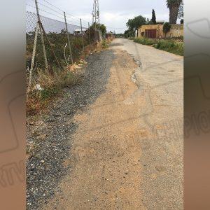 Vecinos y usuarios de la Hijuela de María recogen firmas para exigir a la Comunidad de Regantes el arreglo de esta vía