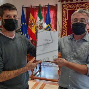 Pepe Mellado y Tano Guzmán detallan un plan de rehabilitación del Castillo que se desarrollará durante un año en varias fases