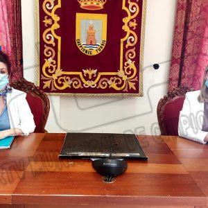 PSOE e Izquierda Unida reprueban el incumplimiento de medidas Covid por el alcalde de Chipiona que aparece en el vídeo difundido