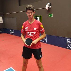Ceferino Gómez -Cefe-, ha vuelto a subir al  pódium en el Campeonato Estatal  de Tenis de Mesa 2.021