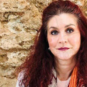 Isabel María Fernández anima a presentar propuestas para emplear los 50.000 euros de los Presupuestos Participativos