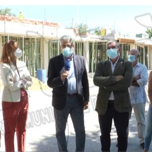 Miguel Andreu y Ana Fidalgo visitan la construcción del nuevo espacio  para el ciclo de cocina en el I.E.S. Salmedina