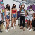Un grupo de alumnos y alumnas transforman el espacio del IES Salmedina y lo llenan de 'arte por la Igualdad'