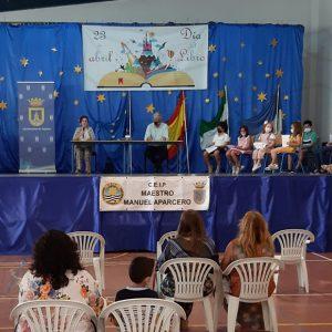Educación entrega los premios de un concurso de dibujo y redacción escolar en segundo ciclo de Infantil y Primaria
