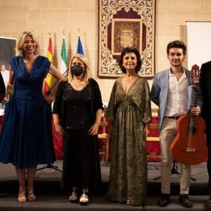 Gran éxito de la presentación de los libros Soy Raphaelista y Canta Rocío Canta el pasado sábado en la Feria del Libro de Jerez 2021