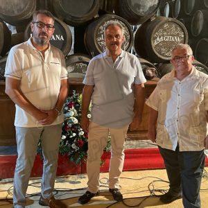 El disco 'Cuerdas al aire' de Juan Gómez ha protagonizado hoy la primera jornada en Sanlúcar de la Bienal de flamenco Jerez, Cádiz y Los Puertos