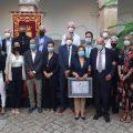 El Claustro del Santuario acogió el emotivo acto institucional de reconocimiento a Julio Ceballos como Hijo Predilecto de Chipiona