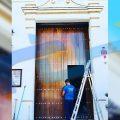 La Hermandad del Cristo de las Misericordias estrena nueva puerta de acceso a su capilla